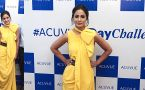 Hina Khan looks Stunning in yellow gown at event ;Watch video