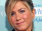 Jennifer Aniston New Look 110511 Aid
