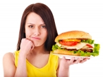 How To Stick To Dieting While Eating Out