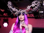 LFW W/F 2019 Day Four: Adah Sharma Leaves Us Speechless With Eccentric Headgear And Pink Tresses
