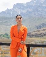 Shershaah Promotions: Kiara Advani Slays It In An Orange Pantsuit As She Promotes Her Movie In Kargil