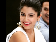 Anushka Sharma Shines In Ethnic Look