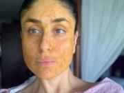 Kareena Kapoor Homemade Mask Revealed