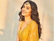 Shraddha Kapoor's Ethnic Looks On B'day