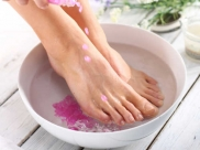 Refresh Your Feet With Peppermint Foot Soak