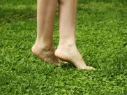 Smelly Feet During Monsoon? Try These Homemade Honey-Lemon Scrub