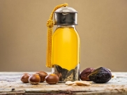 How To Use Jojoba Oil For Hair Care?