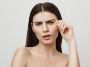 Skincare Tips To Reduce Crow's Feet