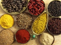 9 Herbs and Spices That Help Fight Cancer