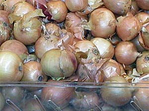 Use Onion Skin To Stay Healthy!