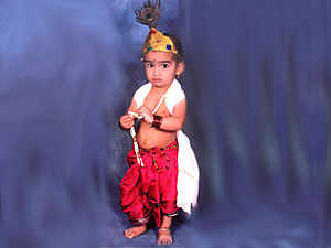 Krishna In Fancy Dress http://www.boldsky.com/pregnancy-parenting/kids/2011/krishna-dress-your-kids-190811.html