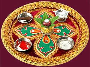 Navratri puja thali decoration ideas for Aarti thali decoration pictures navratri