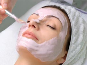The Top 5 Best Facials For Your Skin!