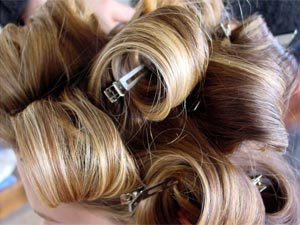 You Can Set Hair At Home! - Boldsky.com