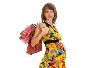 christmas shopping pregnant women