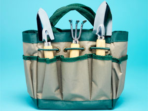 7 Basic Tools for Gardening