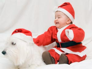Tips To Dress Up Baby Like Santa Claus!