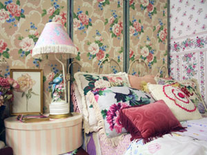 Revamping Your Bedroom To Vintage!