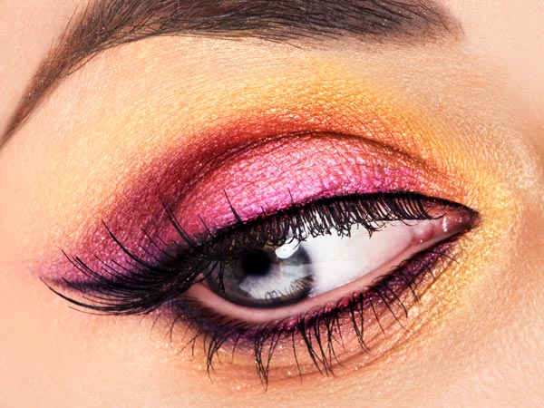 Steps To Get This Pink Eye Makeup