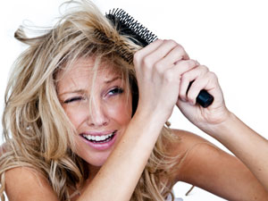 Fight Frizzy Hair: Natural Remedies