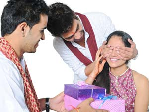 How To Make Rakhi Special?