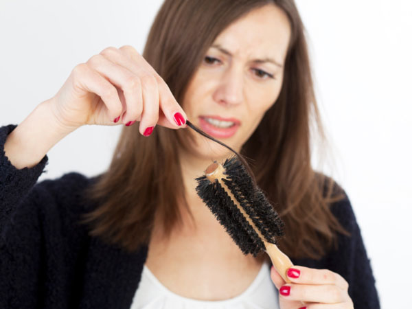 Signs Of Damaged Hair In Winter
