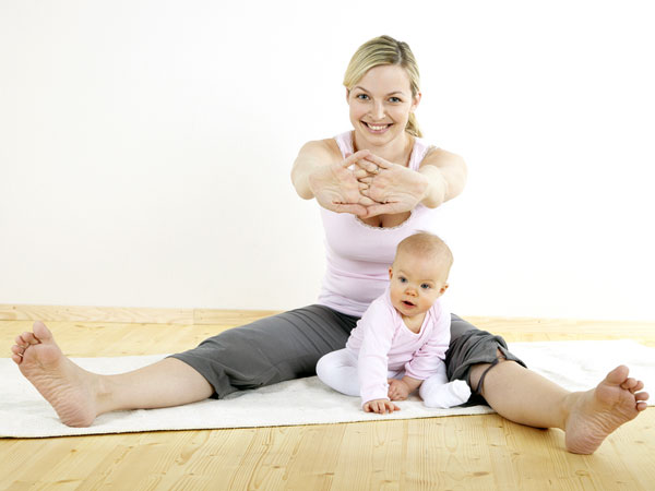 Yoga Poses For Postnatal Weight Loss Boldsky Com