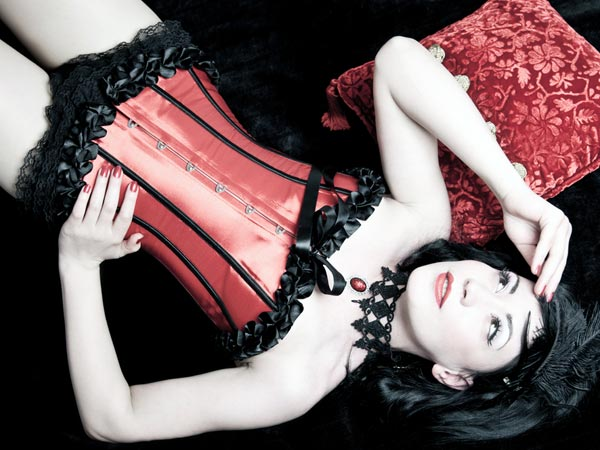 5 Things Women Can Do With Corsets