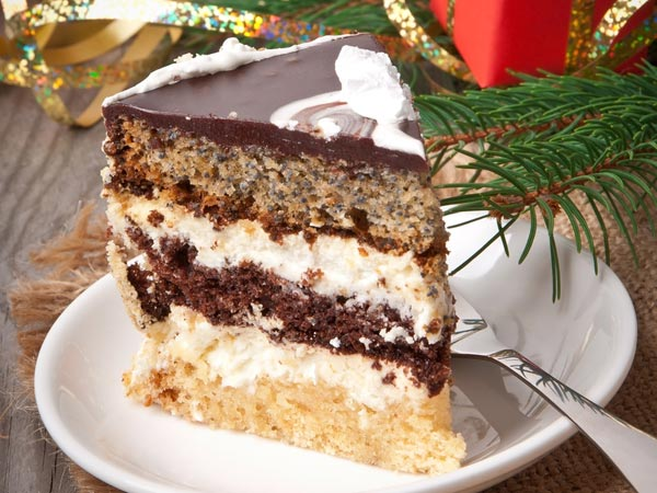 Delicious Cake Recipes For Christmas Boldsky Com