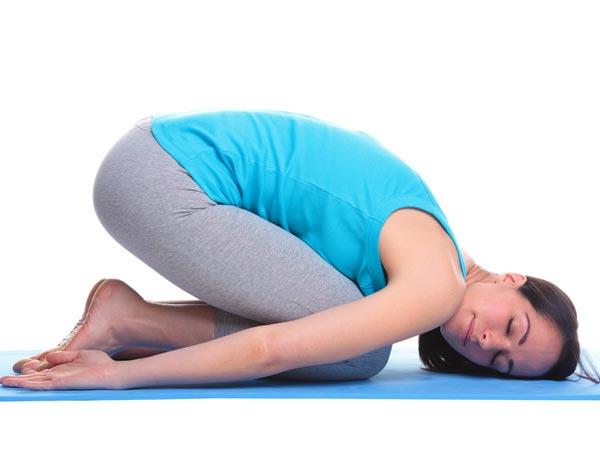 Yoga Asanas To Cure Constipation - Boldsky.com