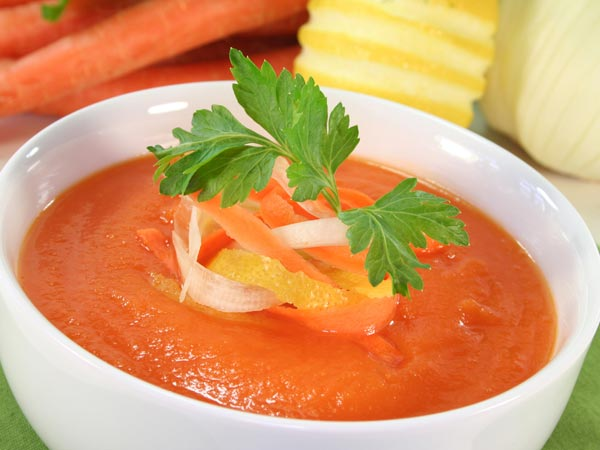 Red Creamy Pepper Soup For Your Valentine