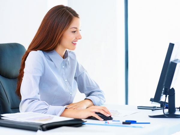 Office Rules That Every Woman Must Know - Boldsky.com