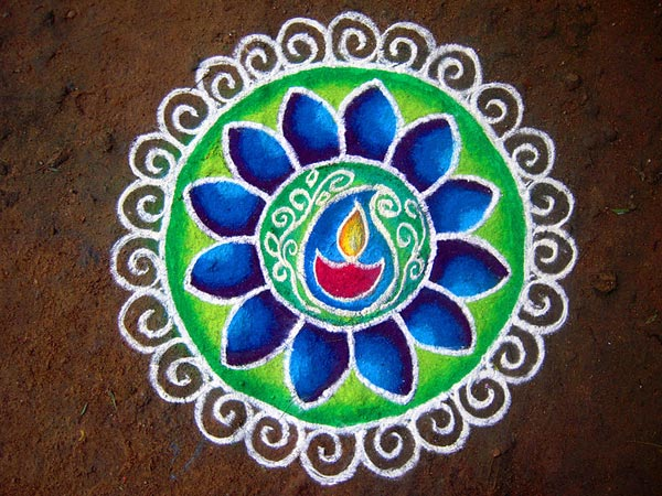 shaded rangoli if you are in hurry don t attempt any elaborate rangoli ...