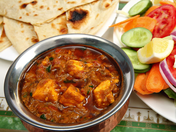 chicken handi and roti