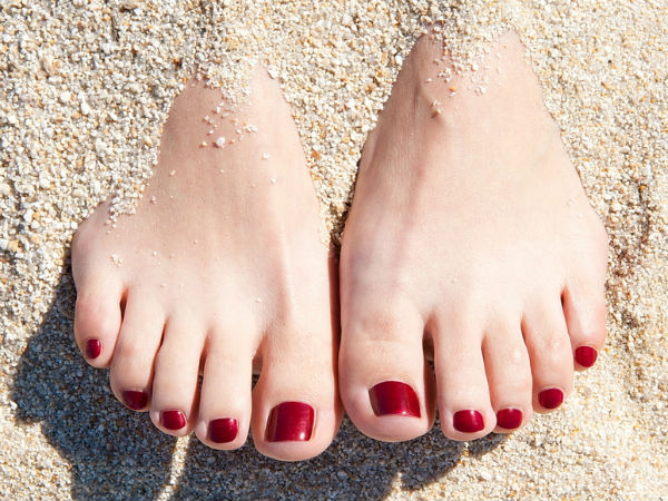 Get Gorgeous & Clean Toenails