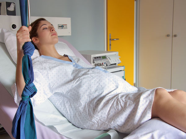 Why You Have Vaginal Pain After Delivery? - Boldsky com