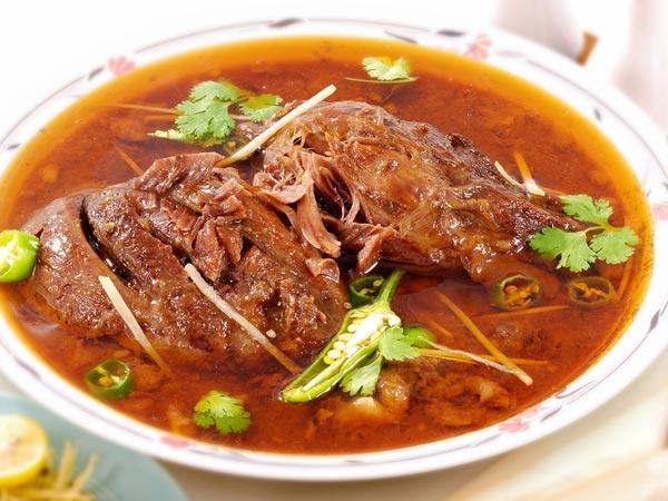 Hyderabadi lal gosht spicy mutton recipe boldsky hyderabadi lal gosht spicy mutton recipe forumfinder Choice Image