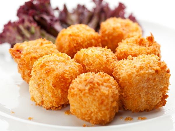 Yummy Monsoon Snacks Recipes , Boldsky.com