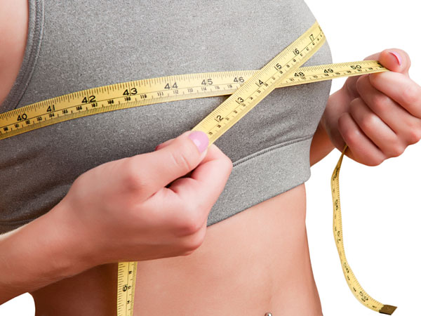 Causes Of Smaller Breast Size - Boldsky.com
