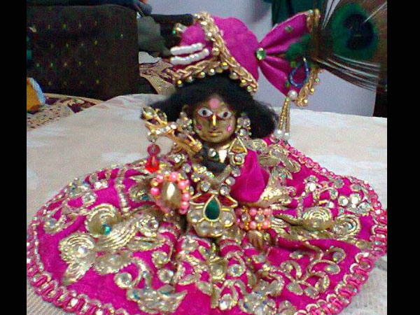 Ways To Decorate Krishna For Janmashtami