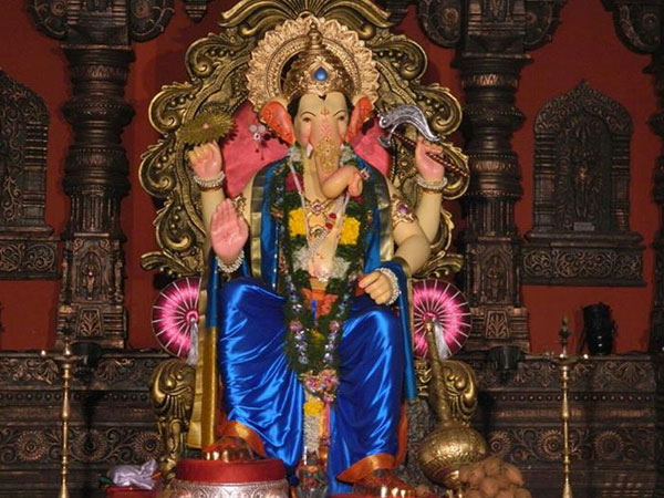 Creative tips for ganapati decoration for Background decoration for ganpati