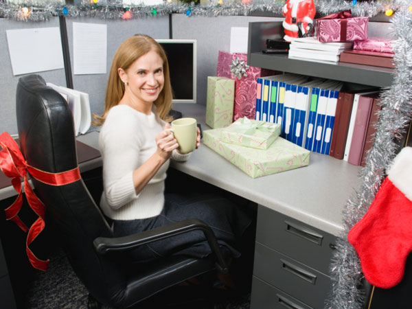 Ways To Keep Office Desk Clean Boldsky Com