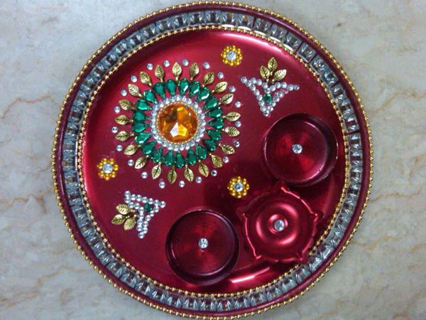 Navratri aarti thali decoration ideas for Aarthi plates decoration