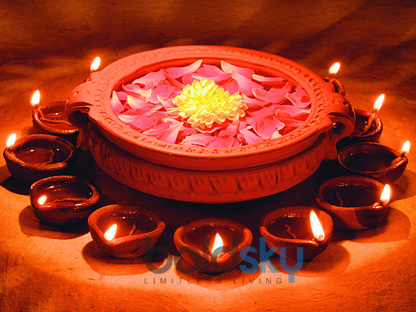Colourful Diyas For Diwali Decoration