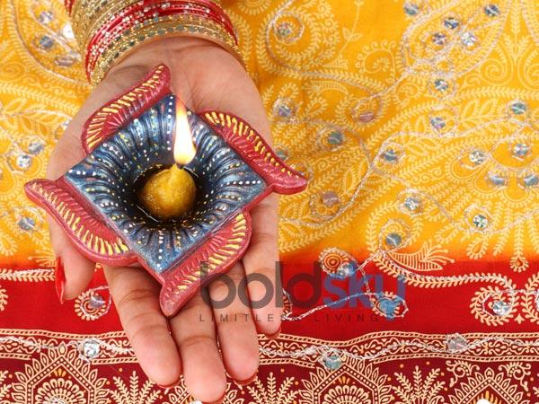 Colourful Diyas For Diwali Decoration