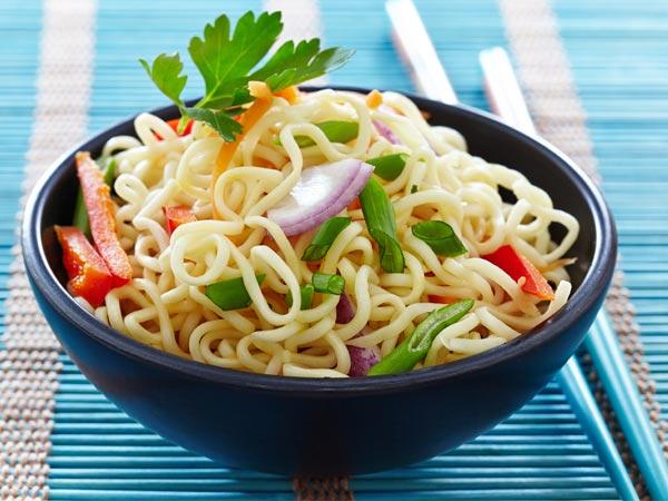 sweet hot noodles recipe noodle recipe breakfast noodles recipe bachelors. Black Bedroom Furniture Sets. Home Design Ideas
