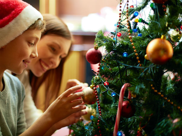 Decorating The Christmas Tree: Tips
