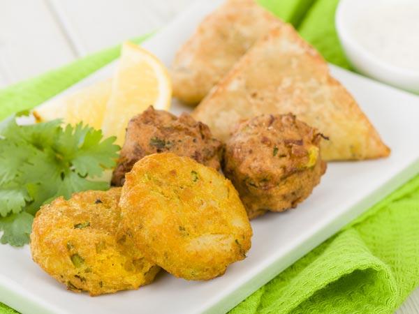 New potatoes pakora recipe - New potatoes recipes treat ...