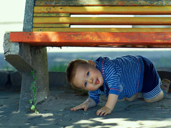 Ways To Deal With A Hyperactive Child - Boldsky.com