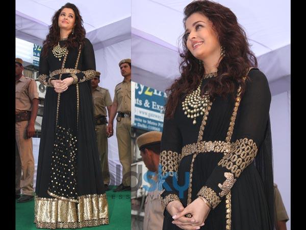 aishwarya rai in anarkali gown by sabyasachi boldskycom